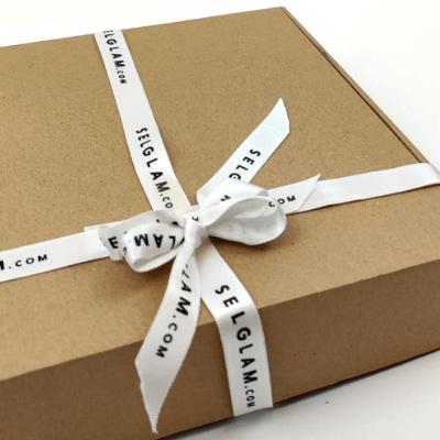 wstążka pudełko